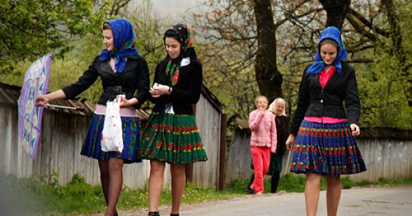 3 young girls geting ready for a village holiday romanian national costumes romanian - Traditional style wedding romania ...