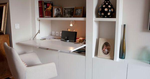 Am nager un coin bureau dans un salon la maison des for Amenager un coin bureau dans un salon