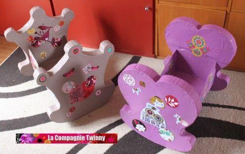 comment faire un lit poup e en carton 2 lacompagnietwinny cardboard craft a cartonne. Black Bedroom Furniture Sets. Home Design Ideas