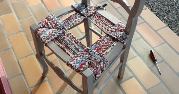 Rempaillage de chaise avec du tissu astuces et for Rempaillage d une chaise