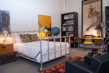 Photos 8 Industrial Chic Spaces We D Love To Copy Industrial Bedroom Design Elegant Bedroom Design Industrial Decor Bedroom