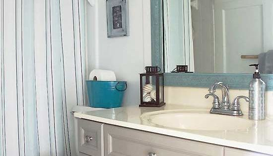6 Diy Ideas To Upgrade Your Ugly Bathroom Budgeting And Small Spaces
