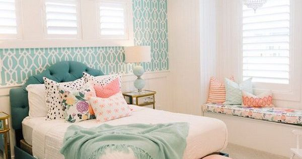 40 beautiful teenage girls 39 bedroom designs turquoise for Turquoise wallpaper for bedroom