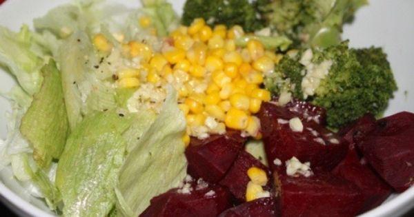 Semangkuk Besar Salad Sayuran Dengan Dressing Rendah Lemak Refresh Your Body Mind Soul Salad Sayur Makanan Sehat Resep Salad