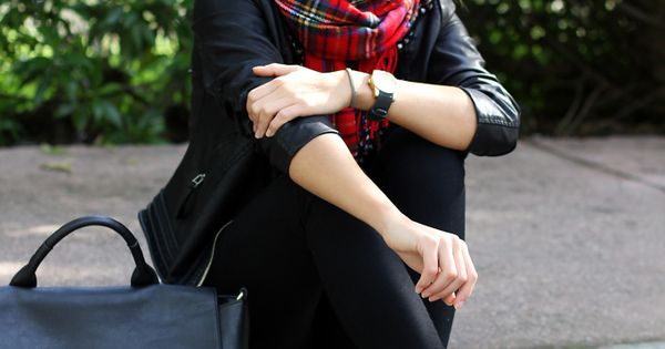 All black with plaid and leopard print accessories