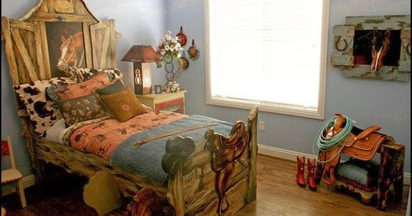 Girls rustic western themed bedroom cowboy theme for Cowgirl themed bedroom ideas
