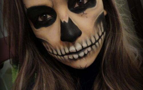 skull makeup, Halloween costume