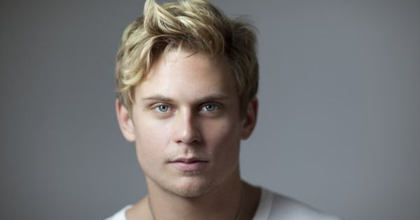 Billy Magnussen, he plays Neil in The Lost Valentine