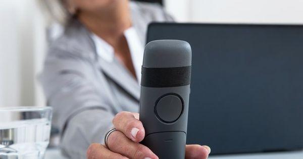 Anwalte Konnen Auch Per Telefon Helfen In 2020 Telefon Telefonie Am Telefon