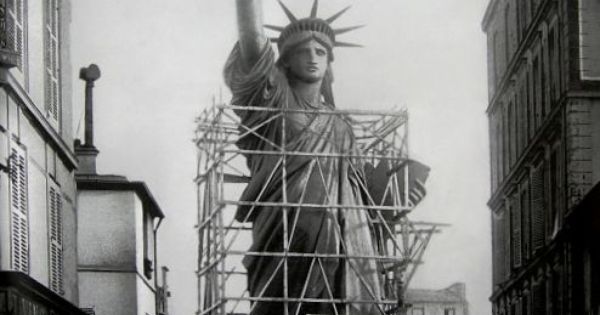 Old photos of the Statue of Liberty standing in Paris were extraordinarily