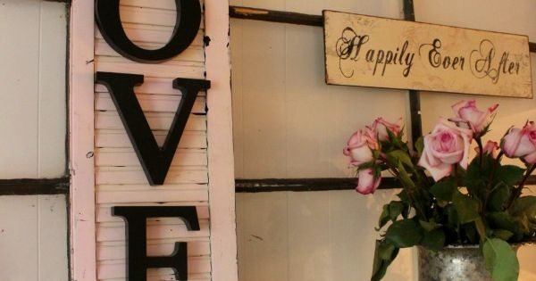 Old shutter + wooden letters! This looks super easy and I want to make one!!!