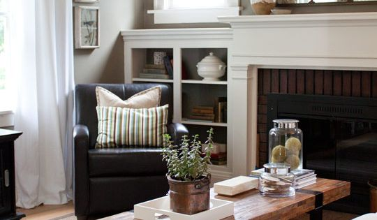 Paint Color Ideas for Downstairs Bath: • Living room: Benjamin Moore's Copley