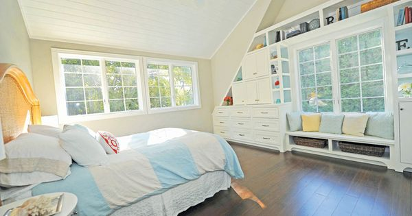 Small Master Bedroom Design Ideas, Pictures, Remodel, and Decor