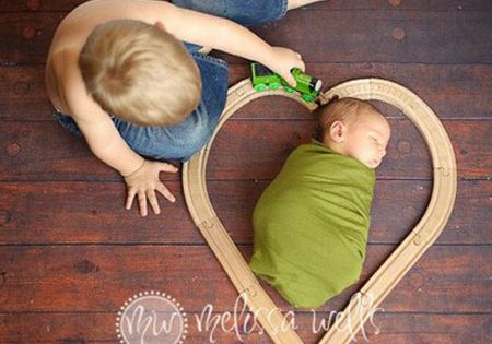 Train tracks and sibling love - Melissa Wells Photography Because I have