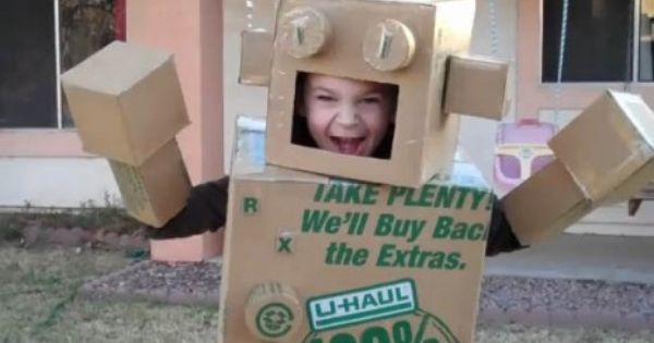 Scary Cardboard Robot Costume My Disguises We Love Costumes Cardboard Robot Robot Costumes Box Robot