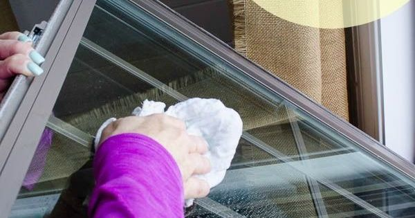 how to get windows clean without streaks
