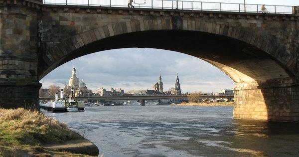 Dresdner Silhouette Durch Einen Bogen Der Albertbrucke Gesehen 06 01 2007 Dresdner Dresden Bilder