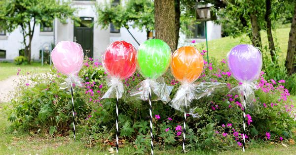 Lollipop balloons diy candyland rainbow birthday party