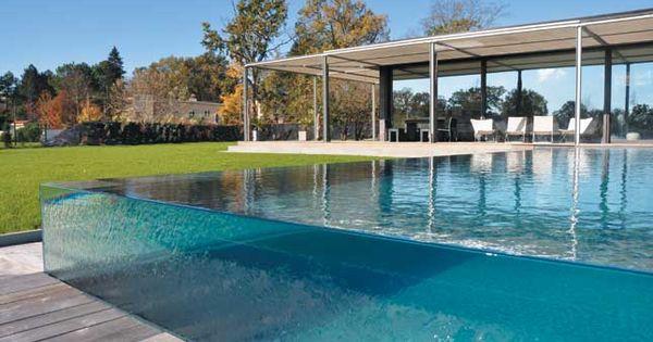 Aquaglass de carr bleu une nouvelle g n ration de for Carre bleu piscine