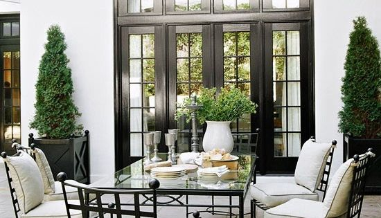 terrace black trim terrasse pinterest centres de table vivre dehors et fen tre. Black Bedroom Furniture Sets. Home Design Ideas