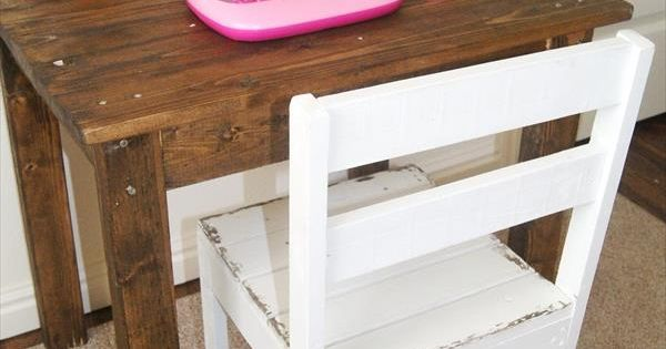 DIY Kids Pallet Table and Chair | Pallets, Pallet projects and Diy kids furniture