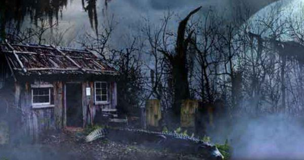 Scary Halloween Graveyard Ideas