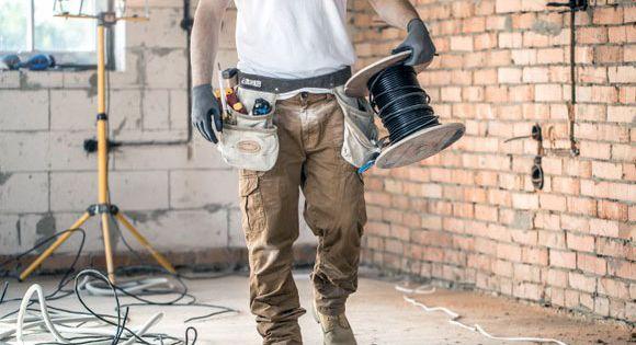 عزل فوم بالمجمعة أفضل أسعار شركات عزل أسطح وخزانات مياه الشرب في المجمعة الرياض In 2021 Handyman Repair Construction Site