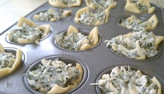 Spinach Artichoke Bites- easy appetizer or meal. Basically crescent roll with spinach