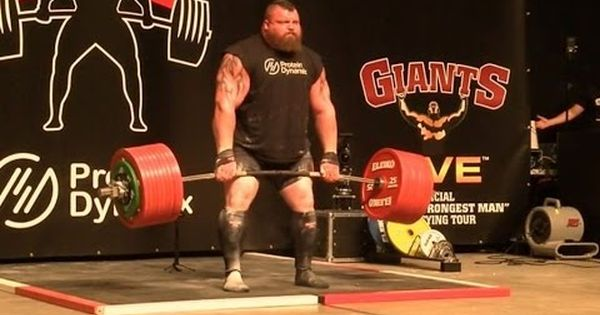 Strongman Eddie Hall Becomes The First To Lift 500kg 1102 31lbs