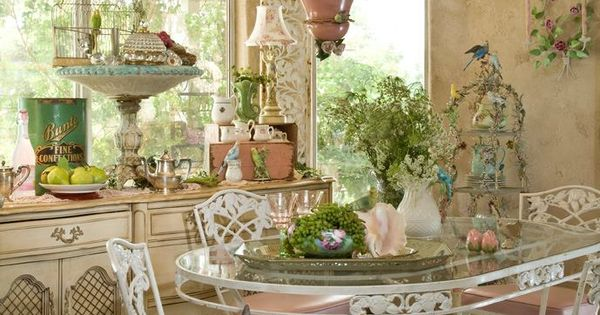 The house is in apple valley california magazine is casa romantica shabby chic n 3 romantic - Shabby chic casa ...