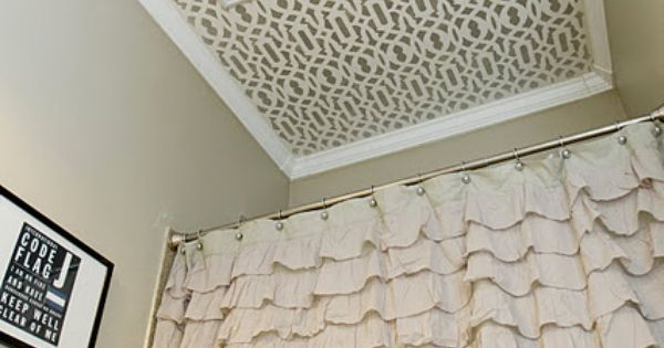 Lattice-Design Stenciled Ceiling. Unbelievable Budget Bathroom Decorating --> interior design and decoration