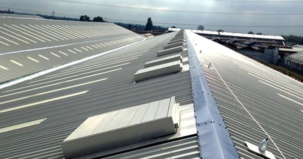 South Shore Roofing Is A Preeminent Industrial Roofing Company With Huge Support Team Of Validate Contractors Fo Industrial Roofing Roofing Contractors Roofing