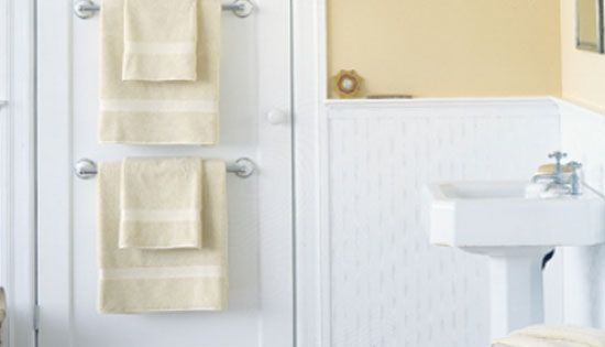 20 diy bathroom storage ideas for small spaces towel storage for Diy bathroom ideas for small spaces