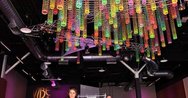 Fun photo idea for kids...Slinky ceiling