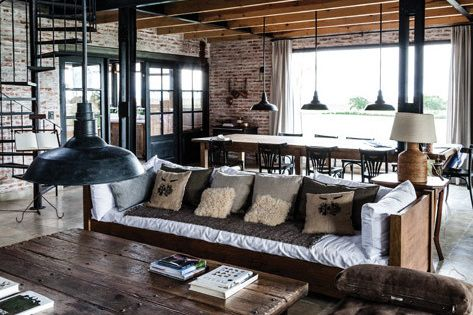 It was an old railroad depot When you look at this beautiful brick building, you have difficulty to believe that it could be once used for a different life than a nice family country house. This is Carolina Peuriot Bouché, of the architecture and interio...