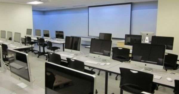 Modern computer lab interior design with black style for Decorating ideas for computer room