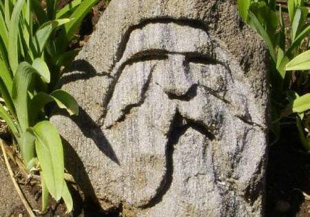 Make Your Own Garden Statues From Hypertufa