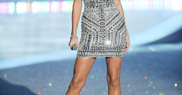 Taylor Swift Cellulite
