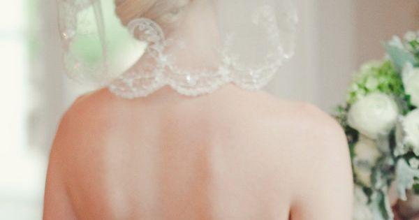a shoulder-grazing embellished veil Photography by jnicholsphoto.com weddingideas for the bride