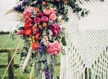 mariage les fleurs en 11 id es blog mariage rue et. Black Bedroom Furniture Sets. Home Design Ideas