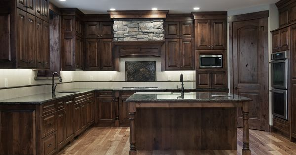 Kitchen home built by cameo homes inc in jeremyranch for Kitchen cabinets utah