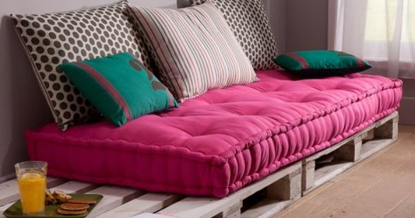 matelas capitonn pour banquette army 3suisses muebles pinterest coussins de sol vieux. Black Bedroom Furniture Sets. Home Design Ideas