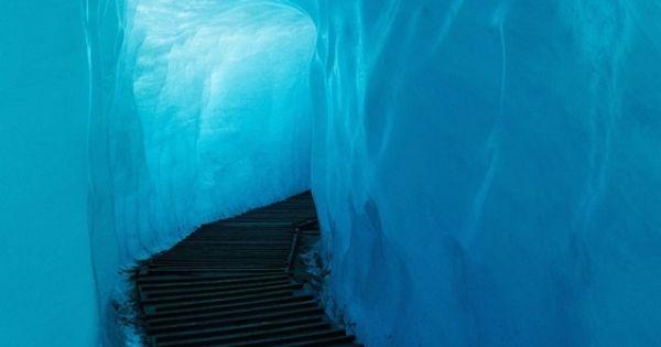 Walkway inside the Rhode Glacier, Switzerland Wow, it's amazing all the beautiful