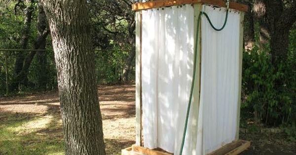 europaletten dusche gartendusche selber bauen garten laube pinterest gartendusche selber. Black Bedroom Furniture Sets. Home Design Ideas