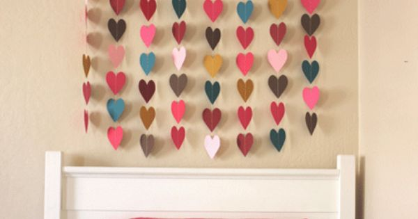 DIY Paper Heart Wall Art. kidsrooms playrooms nursery DIY wallart hearts