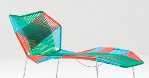 Chaise longue tropicalia moroso chaise longue for Antibodi chaise longue by patricia urquiola