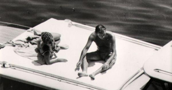 Elizabeth Taylor And Richard Burton On A Yacht Circa 1962 Elizabeth Taylor Burton And Taylor Vintage Photographs