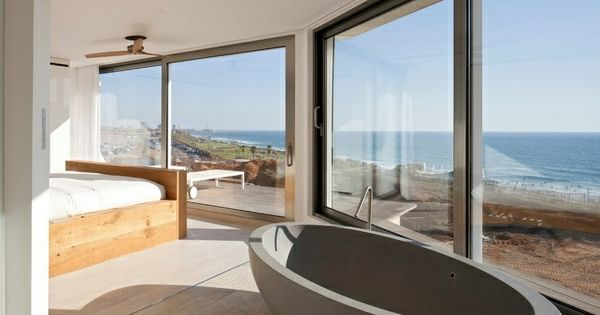 romantisches design mit einer badewanne im schlafzimmer, Schlafzimmer entwurf