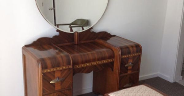 1930's Art Deco Waterfall Bedroom Furniture 6 By