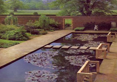 Jellicoe4 Garden In The Woods Modern Garden Garden Design